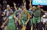 Celtics batem os Cavs em Cleveland com cesta de três no último segundo (Ken Blaze / USA Today / Reuters)