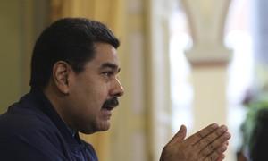 Maduro diz que tomará ações legais contra parlamento por negar decreto