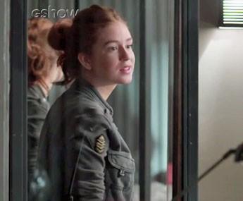 Eliza diz para Jojô que não quer nada com Arthur (Foto: TV Globo)