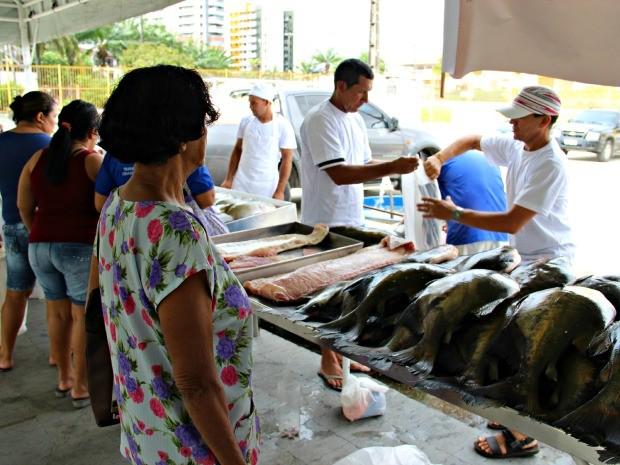 Vendas tiveram início às 7h desta terça-feira (31) (Foto: Diego Toledano/ G1 AM)