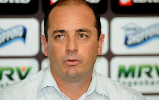 Cícero Souza, gerente de futebol do Sport (Foto: Aldo Carneiro)