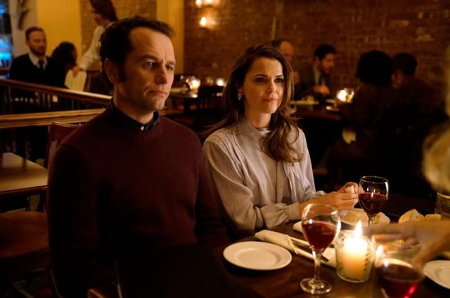 Matthew Rhys e Keri Russell em 'The americans' (Foto:  Patrick Harbron/FX)