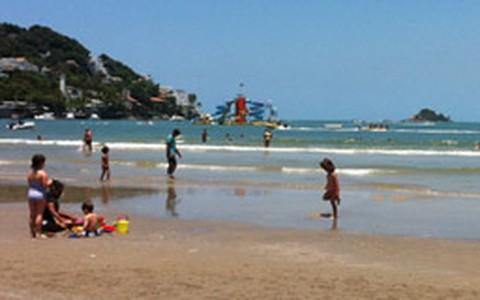 Praias de Santos e Guarujá (SP)