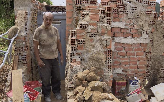 nélio naja muay thai pioneiro ermitão isolado (Foto: Reprodução/RPC)