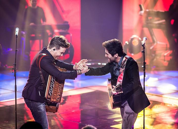 """Os sertanejos escolheram uma """"moda de raíz"""" para a estreia dos Shows ao Vivo no The Voice (Foto: Isabella Pinheiro / Gshow)"""
