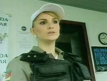 Joana Frantz quer seguir como policial militar (Foto: Reprodução/RBS TV)