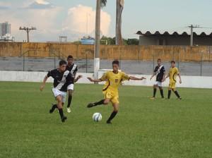 Rondonópolis vence Mixto na Copa Mato Grosso sub-17 (Foto: Adriane Rangel/FMF)