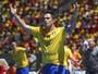 Terça no SporTV tem Bota x Macaé, jogo do PSG e Brasil em ação no futsal