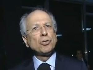 O novo advogado de Carlos Cachoeira, Nabor Bulhões (Foto: Reprodução / TV Globo 2001)
