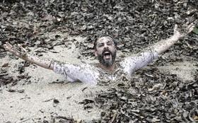 Alexandre Nero grava últimas cenas em 'Além'. Hermes vai afundar na lama!