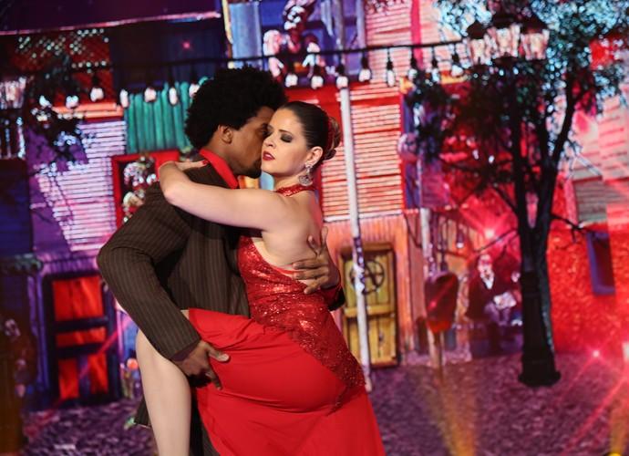 Mariana Santos e Marcus Lobo fizeram carão no tango (Foto: Carol Caminha/Gshow)