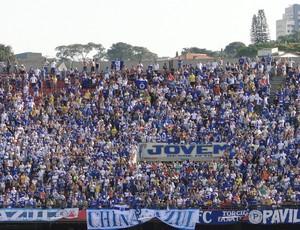 Torcida do Cruzeiro comparece em bom número ao Morumbi (Foto: Marco Antônio Astoni)