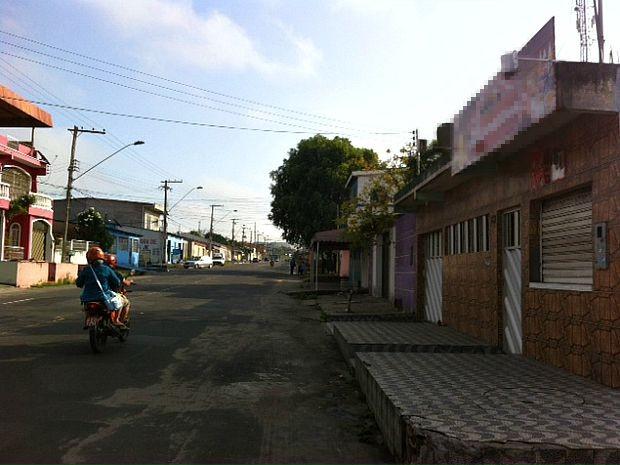 Crime ocorreu em avenida no bairro Cidade Nova, em Manaus  (Foto: Adneison Severiano/G1 AM)
