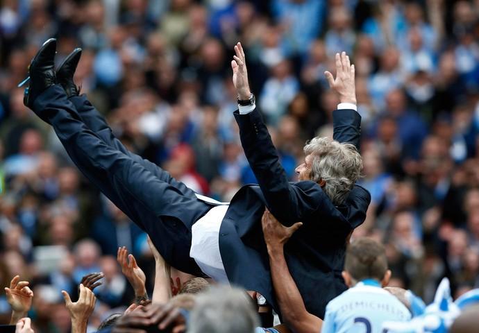 manuel pellegrini manchester city campeão (Foto: Reuters)