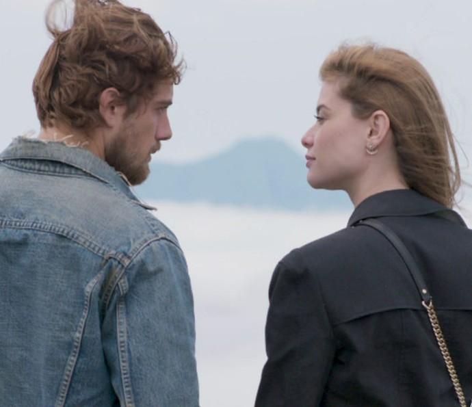 Felipe e Lívia têm final feliz (Foto: TV Globo)