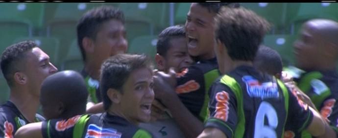 América-MG comemora classificaçãoa para a final da Taça BH de Futebol Júnior (Foto: Reprodução/Sportv)