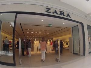 Fachada da Zara, uma das lojas inéditas que se instalou no CenterVale (Foto: Carlos Santos/G1)