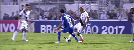 Abusado! Emerson Sheik distribui canetas nos jogadores do Cruzeiro