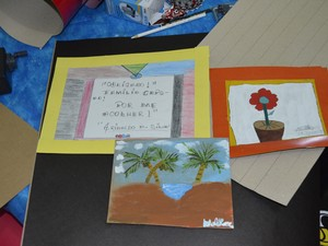 Pinturas feitas pelos pacientes serão expostas em Sarau (Foto: John Pacheco/G1)
