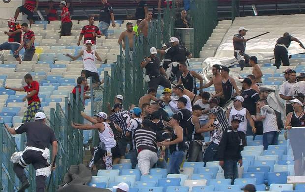 violência no Maracanã ()