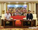 Após nova conquista, Felipão renova com o Guangzhou por mais um ano