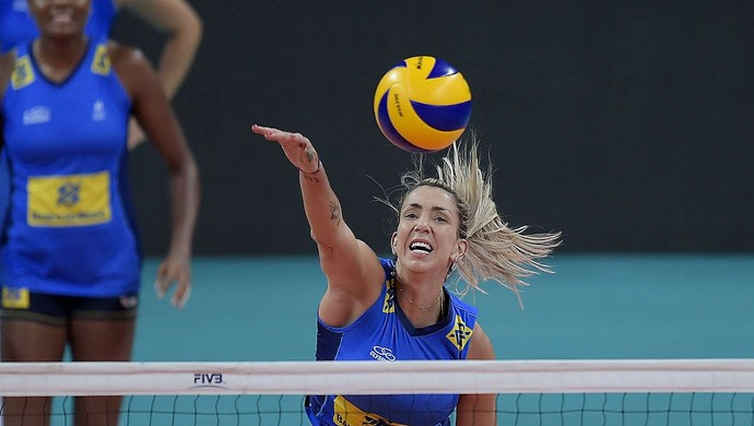 Thaisa treino seleção vôlei (Foto: Divulgação/CBV)