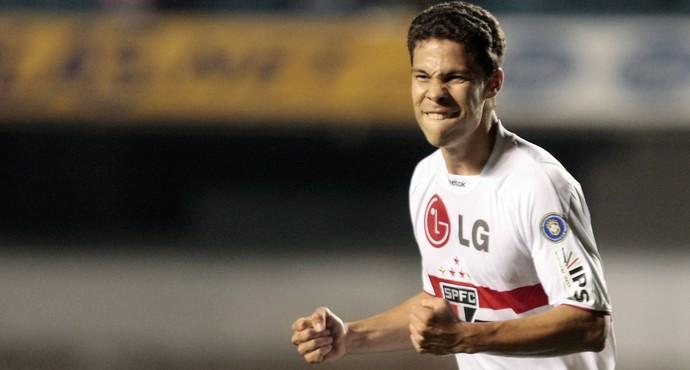 Hernanes São Paulo (Foto: Rubens Chiri /  Site oficial SPFC)