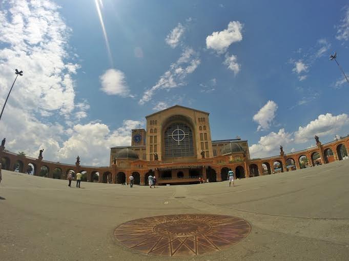 Basílica Nossa Senhora Aparecida (Foto: Danilo Sardinha/GloboEsporte.com)