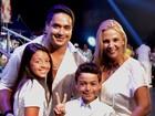 'Quero ser o melhor marido do planeta', diz Xanddy durante show