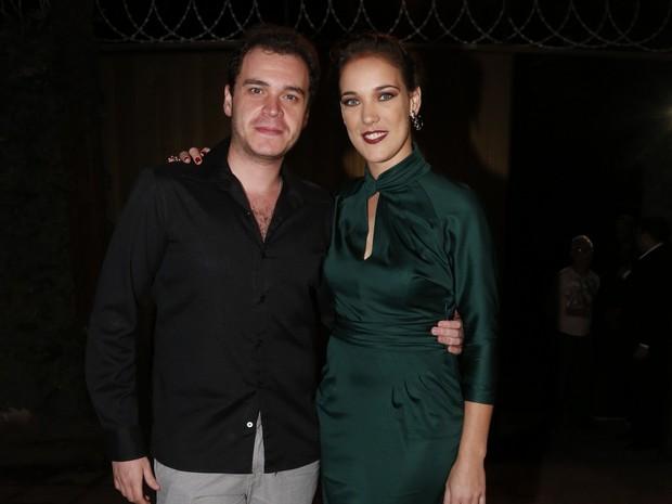 Adriana Birolli e o namorado, Alexandre Contini, em festa na Zona Sul do Rio (Foto: Felipe Assumpção/ Ag. News)