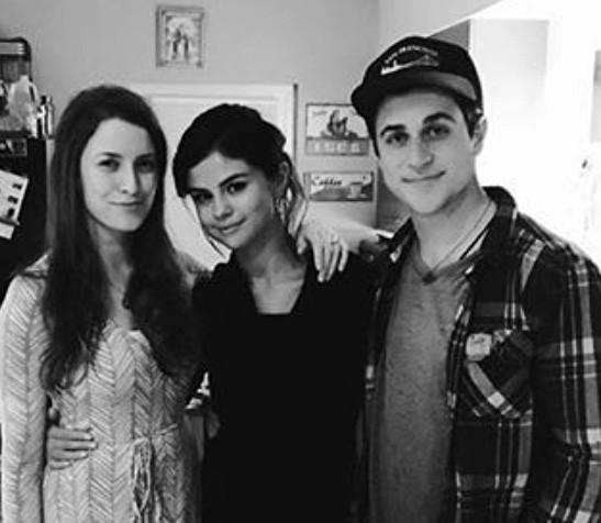Maria Cahill, Selena Gomez e David Henrie (Foto: Instagram)