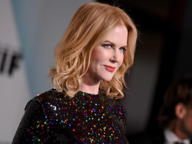 Nicole Kidman no tapete vermelho da premiação Women in Cristal + Lucy Awards, em Los Angeles, na terça-feira (16) (Foto: Richard Shotwell/Invision/AP)