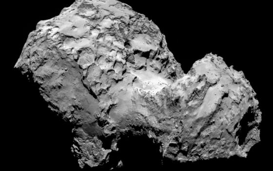 O cometa 67P/Churyumov-Gerasimenko fotografado a 287Km da nave Rosetta. Rosetta aterrissou em sua superfície nesta quarta-feira (6) (Foto: ESA/Rosetta/MPS for OSIRIS Team MPS/UPD/LAM/IAA/SSO/INTA/UPM/DASP/IDA)