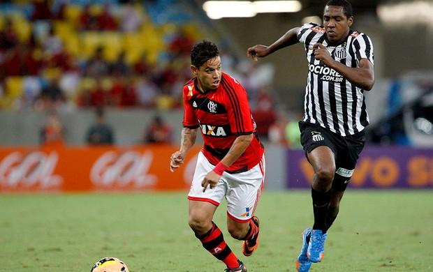 Carlos Eduardo e Renato Abreu jogo Flamengo contra o Santos (Foto: Márcio Alves / Ag. O Globo)