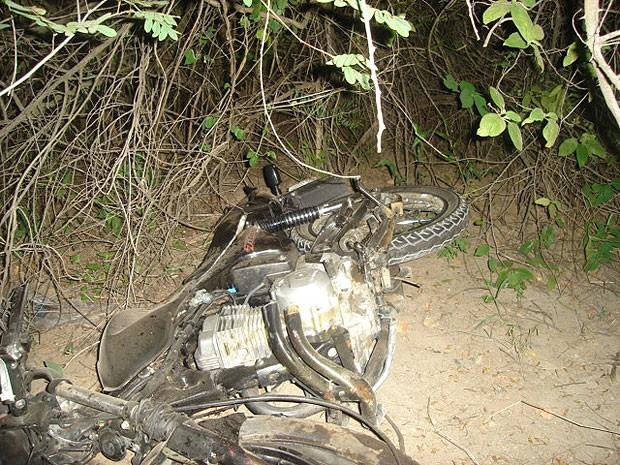 Acidente na Br-407, em Senhor do Bonfim, na Bahia (Foto: Divulgação PRF)