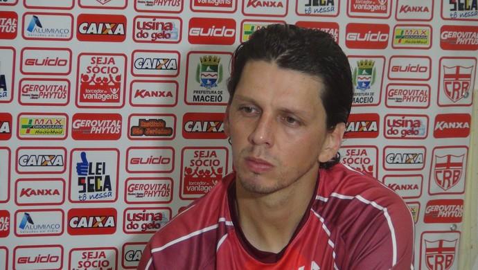 Danilo Bueno, CRB (Foto: Denison Roma / GloboEsporte.com)