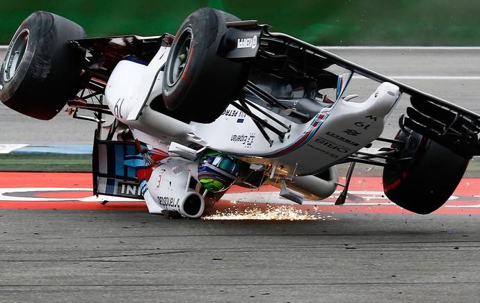 massa acidente frame formula 1 Hockenheim  alemanha (Foto: Reuters)