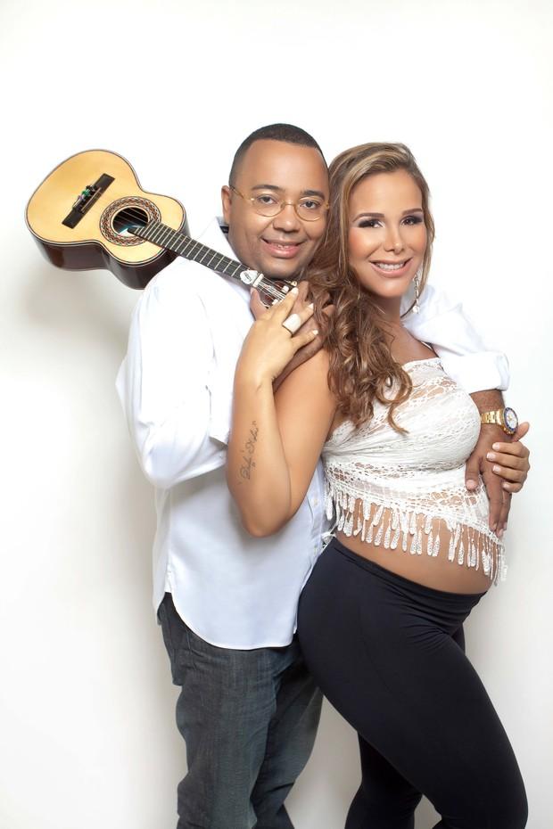 Dudu Nobre com a a mulher (Foto: Nila Costa/Divulgação)