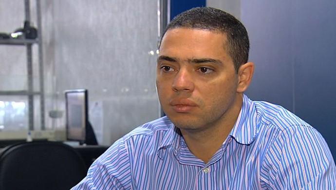 eduardo barbosa, presidente do vila nova (Foto: Reprodução/TV Anhanguera)