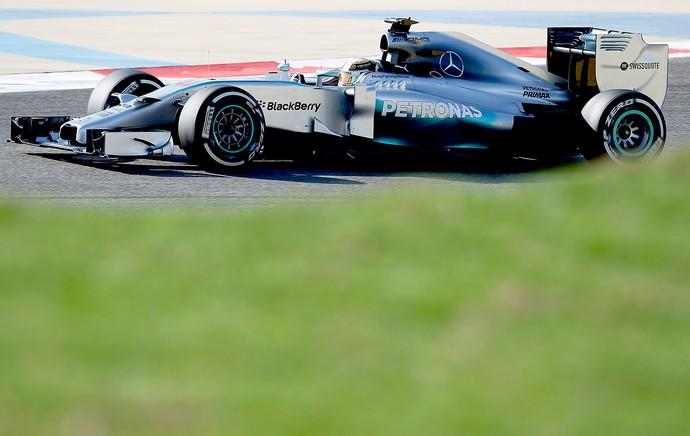 Lewis Hamilton treino F1 no Bahrein (Foto: Reuters)