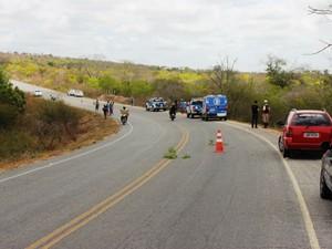 Acidente aconteceu em trecho que liga Conceição do Coité ao distrito de Salgadália (Foto: Raimundo Mascarenhas / Site Calila Noticias)