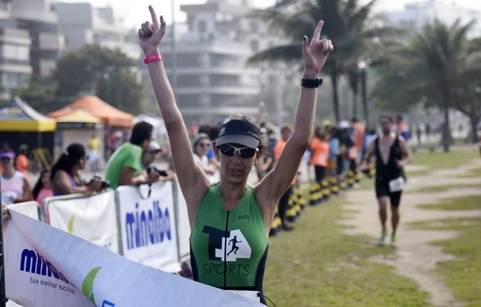 EuAtleta - Fernanda e família rio triathlon (Foto: André Durão)