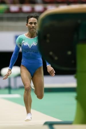 Oksana Chusovitina no evento-teste (Foto: Ricardo Bufolin/CBG)