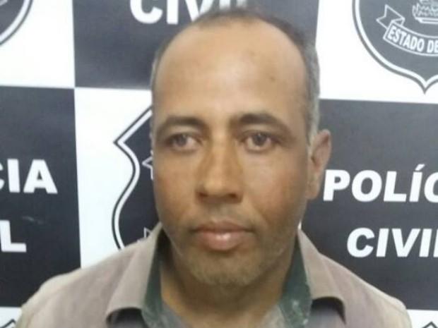 Vaqueiro foi preso em uma fazenda na zona rural de Trindade, em Goiás (Foto: Divulgação/Polícia Civil)
