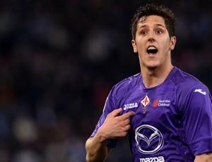 Stevan Jovetic comemora gol do Fiorentina sobre o Lazio (Foto: AFP)