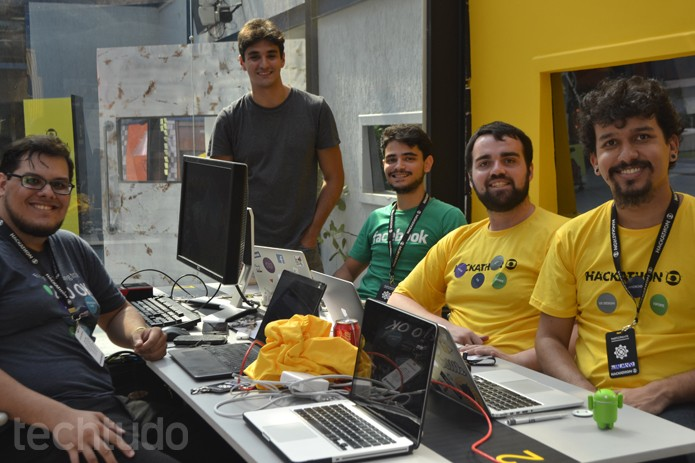 Grupo 2 - Hackathon Globo (Foto: Isabela Giantomaso / TechTudo)