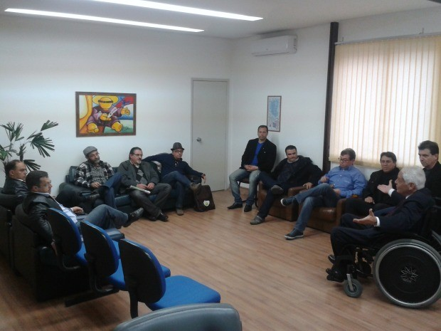 Reunião Câmara de Vereadores Canoas corrupção (Foto: Rodrigo Quesada/RBS TV)