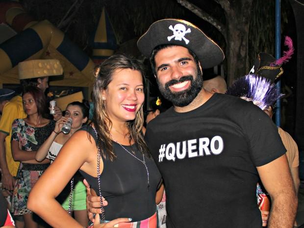 Blogueira Bruna Castro curtiu festa com o namorado, Leonardo (Foto: Gabriel Machado/G1 AM)