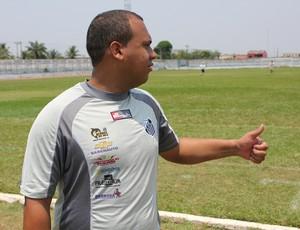 Tiago Batizoco comanda primeiro treino do Santos Porto Velho (Foto: Hugo Crippa/GLOBOESPORTE.COM)