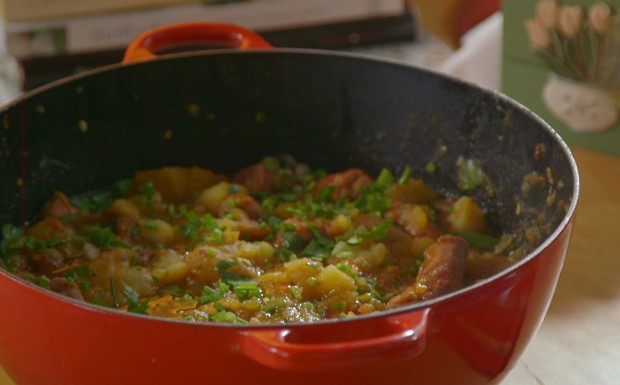 Ensopado de linguia com batata (Foto: Divulgao / GNT)